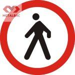 Accesul interzis pietonilor, C10