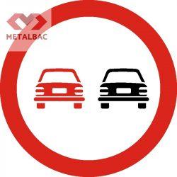 Depăşirea autovehiculelor cu excepţia motocicletelor fără ataş, interzisă , C27