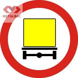 Accesul interzis vehiculelor care transportă mărfuri periculoase, C47